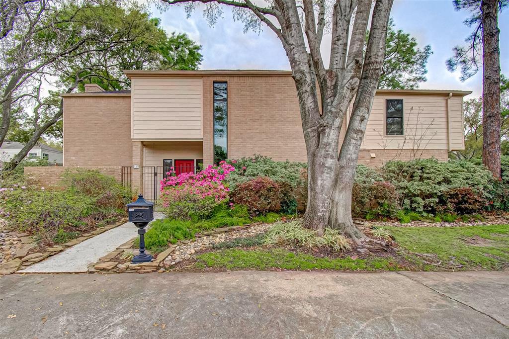 Option Pending   330 W Fair Harbor Lane Houston, Texas 77079 0