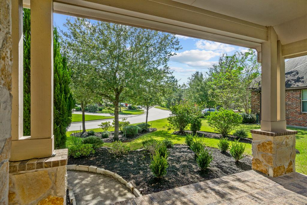 Active | 31 Golden Orchard  Place The Woodlands, TX 77354 1