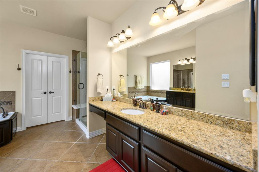 Active | 31 Golden Orchard  Place The Woodlands, TX 77354 13