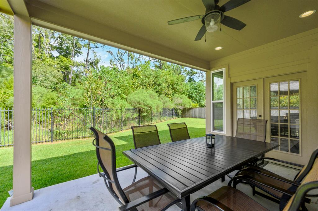 Active | 31 Golden Orchard  Place The Woodlands, TX 77354 26