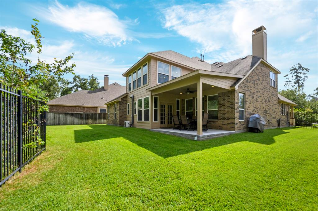 Active | 31 Golden Orchard  Place The Woodlands, TX 77354 30