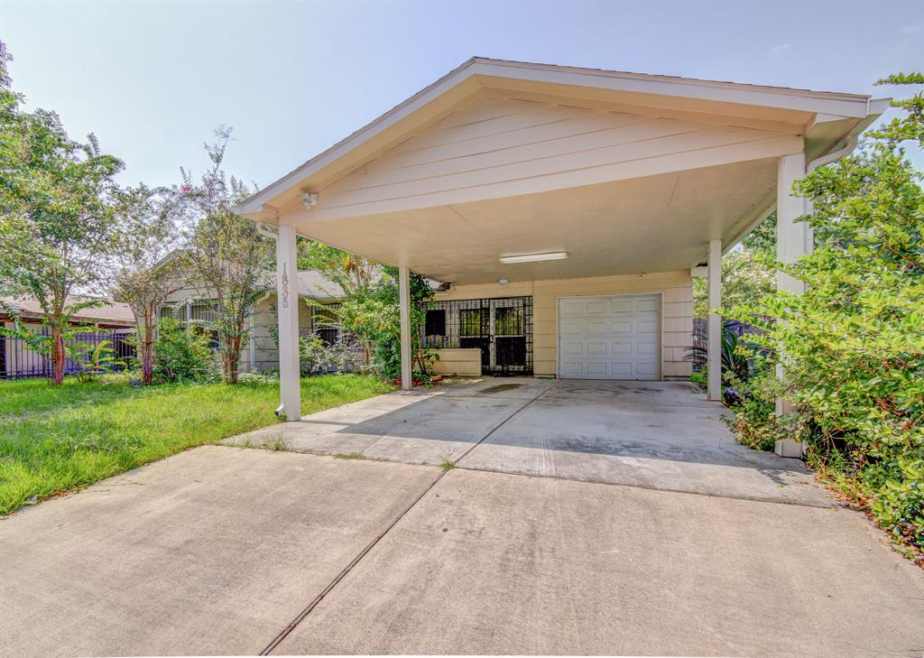 Active | 1835 Lynnview Drive Houston, Texas 77055 1