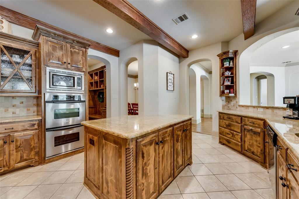 Sold Property | 9016 Cedar Bluffs  Drive North Richland Hills, TX 76182 11
