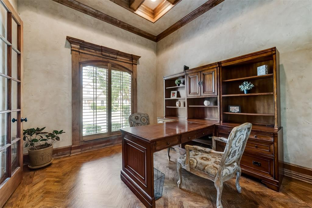 Sold Property | 9016 Cedar Bluffs  Drive North Richland Hills, TX 76182 6