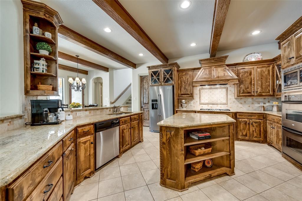 Sold Property | 9016 Cedar Bluffs  Drive North Richland Hills, TX 76182 10