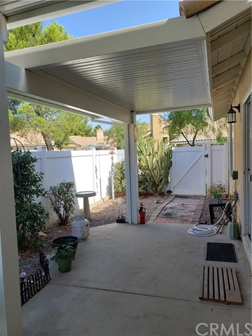 Active Under Contract    Banning, CA 92220 18