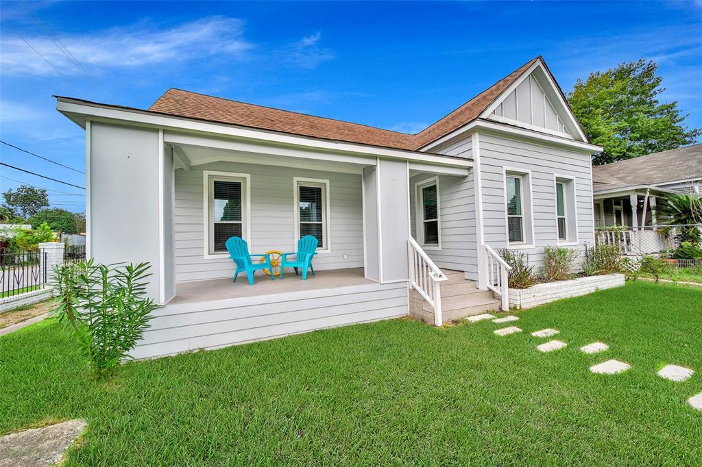 Active | 401 Walton Street Houston, Texas 77009 2