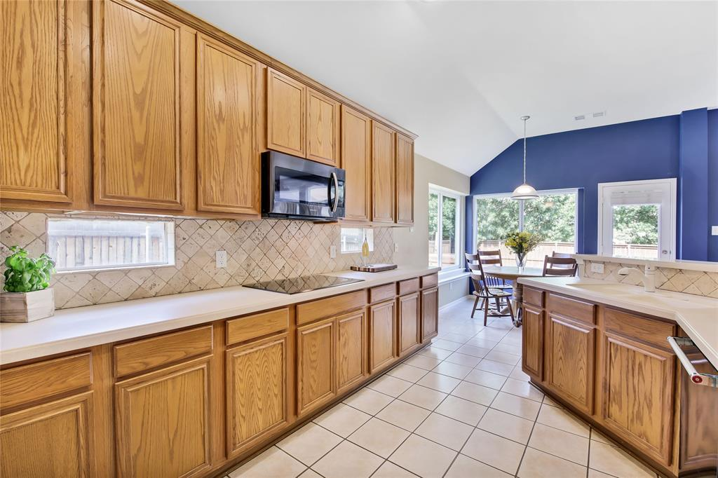 Sold Property | 7808 Rampston  Place Fort Worth, TX 76137 12