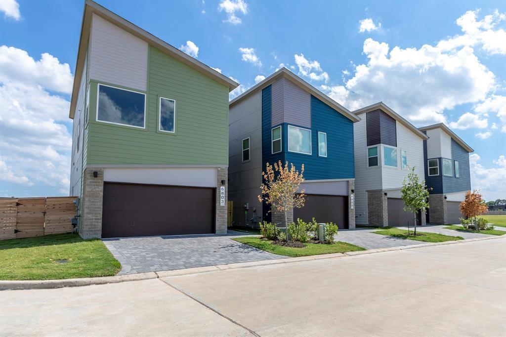 Active | 6816 Troya Lane Houston, Texas 77092 24