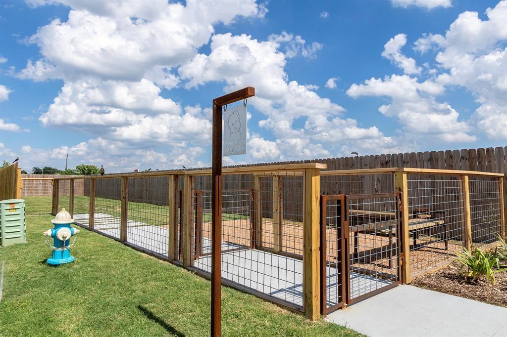 Active | 6816 Troya Lane Houston, Texas 77092 25