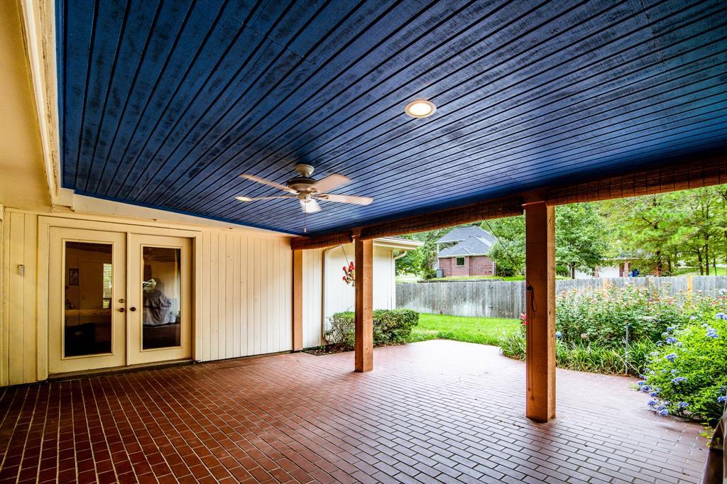 Active | 400 Broadmoor  Drive Huntsville, TX 77340 20