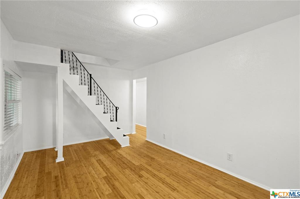 Sold Property | 100 Beaver  Street Austin, TX 78753 4