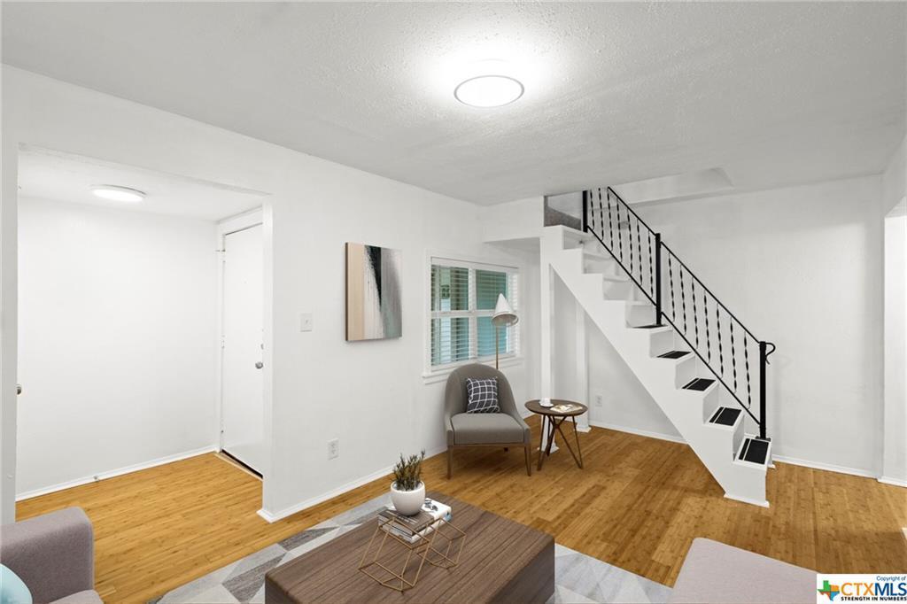 Sold Property | 100 Beaver  Street Austin, TX 78753 5