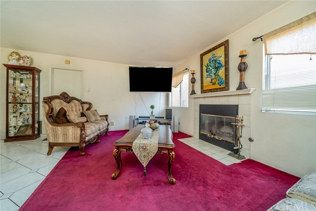 Closed | 14342 Westward  Drive Fontana, CA 92337 6