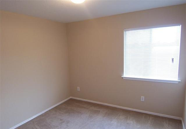 Leased   600 Red Tails  Austin, TX 78725 18