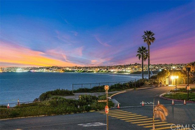 Active Under Contract | 400 Paseo Del Mar Palos Verdes Estates, CA 90274 9