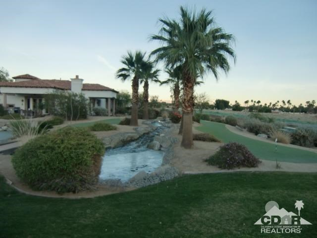 Active Under Contract | 2300 Via Calderia #2310 Palm Desert, CA 92260 24
