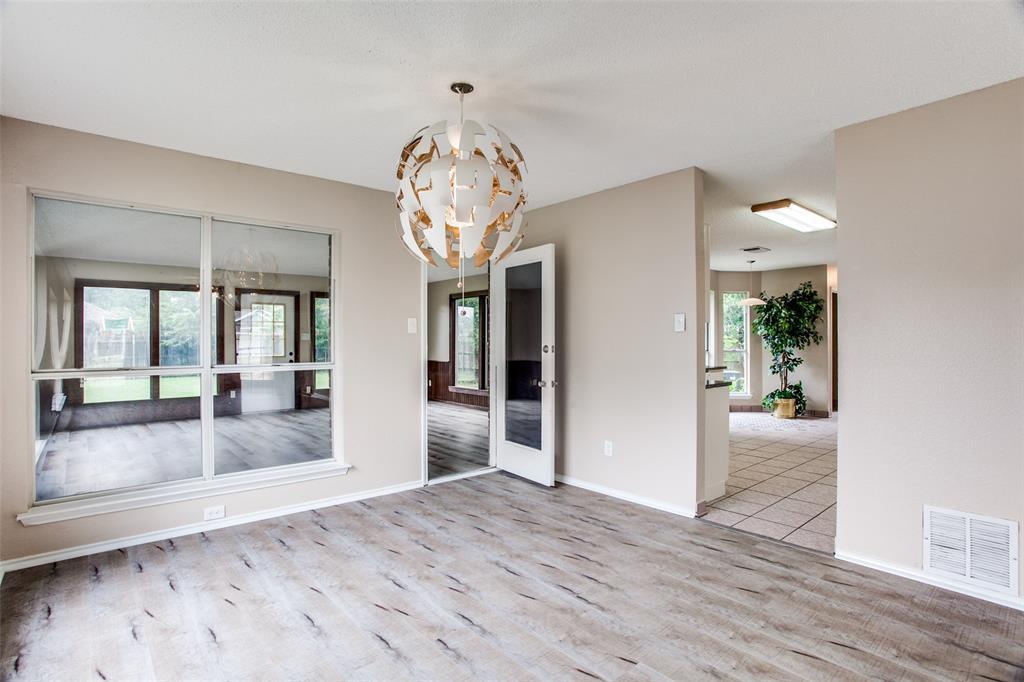 Sold Property | 4926 Oak Hollow Drive Grand Prairie, Texas 75052 11