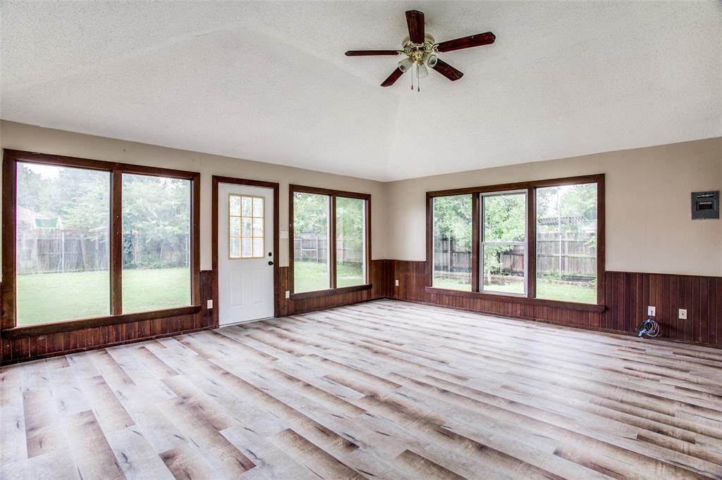 Sold Property | 4926 Oak Hollow Drive Grand Prairie, Texas 75052 13