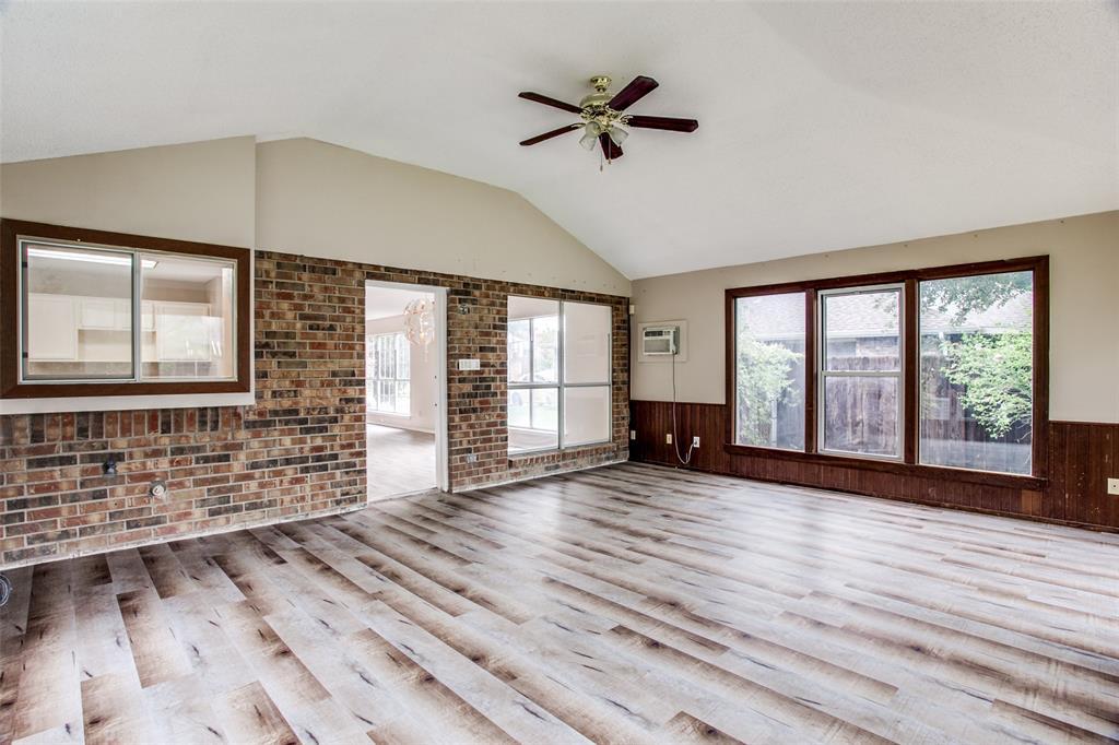 Sold Property | 4926 Oak Hollow Drive Grand Prairie, Texas 75052 14