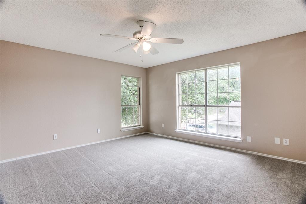 Sold Property | 4926 Oak Hollow Drive Grand Prairie, Texas 75052 16