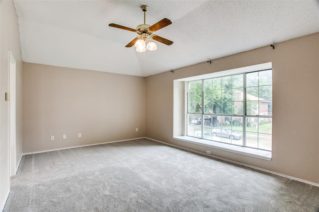 Sold Property | 4926 Oak Hollow Drive Grand Prairie, Texas 75052 19