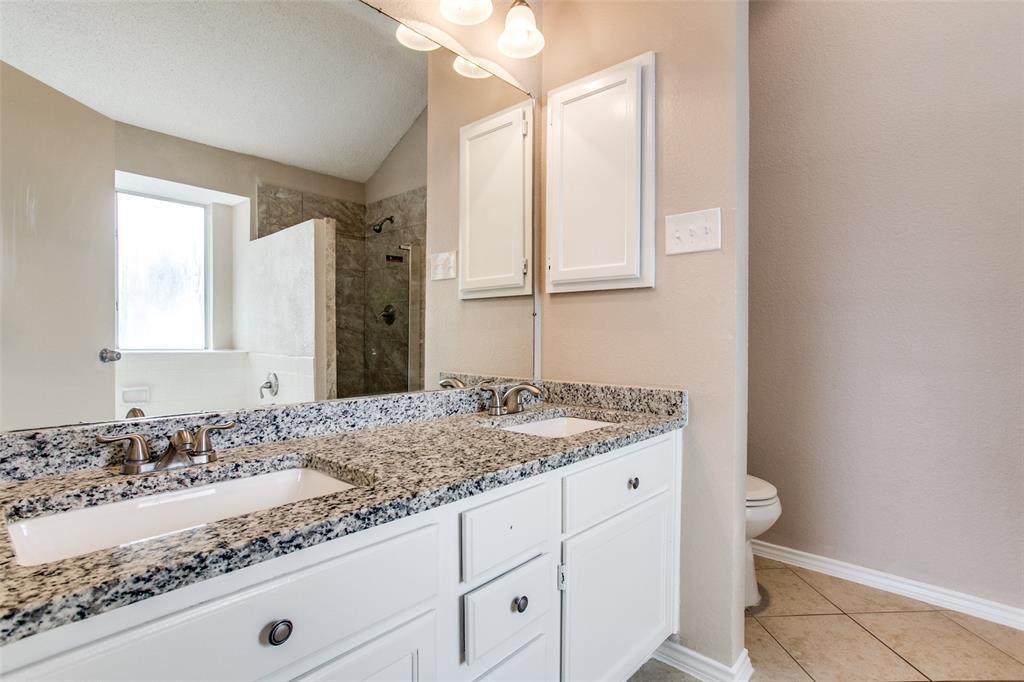 Sold Property | 4926 Oak Hollow Drive Grand Prairie, Texas 75052 23