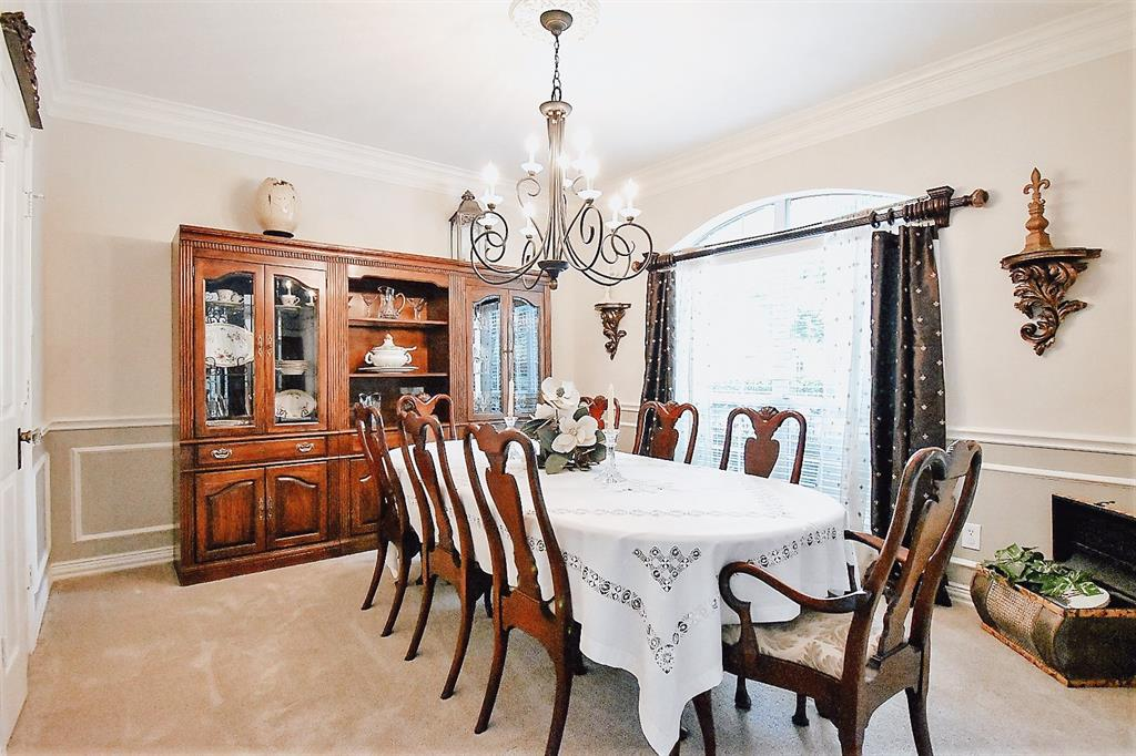 Active   127 S Bluff Creek  Circle The Woodlands, TX 77382 2