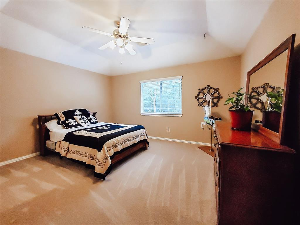Active   127 S Bluff Creek  Circle The Woodlands, TX 77382 20