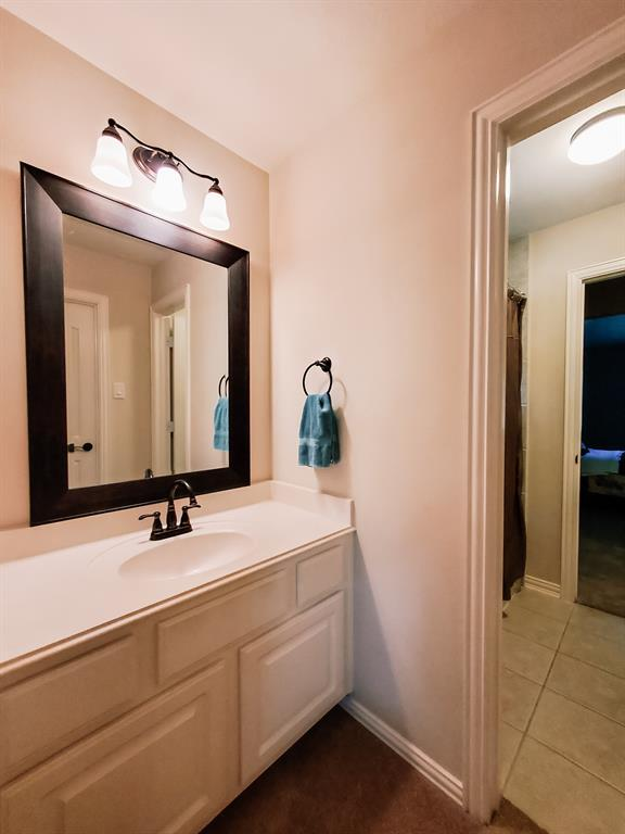 Active   127 S Bluff Creek  Circle The Woodlands, TX 77382 22