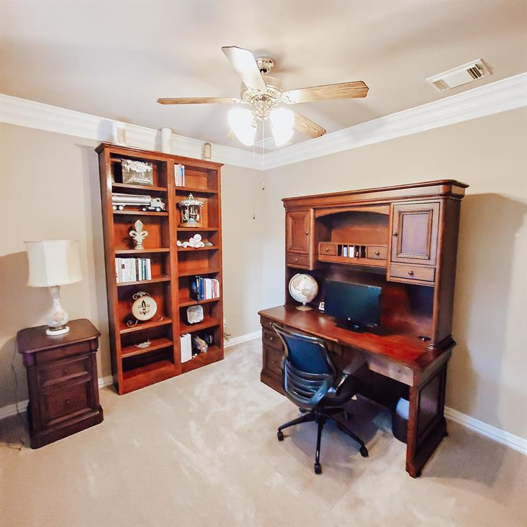 Active   127 S Bluff Creek  Circle The Woodlands, TX 77382 25