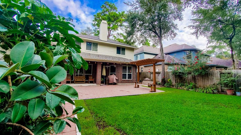 Active   127 S Bluff Creek  Circle The Woodlands, TX 77382 27