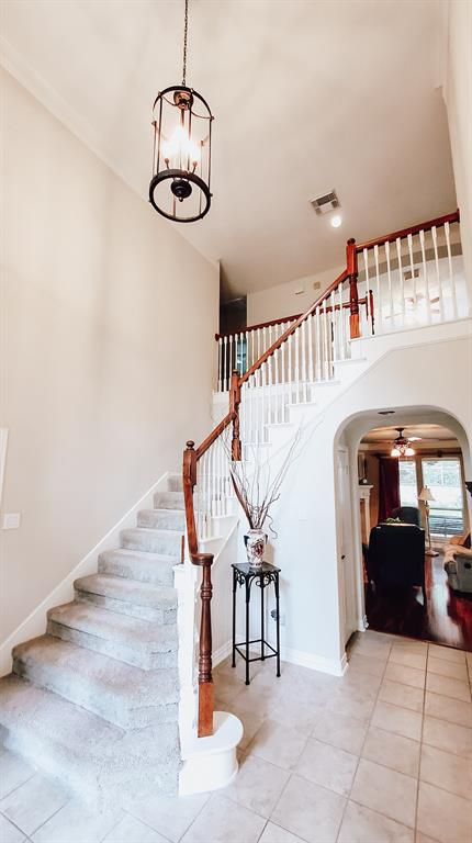 Active   127 S Bluff Creek  Circle The Woodlands, TX 77382 3