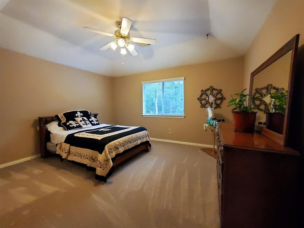 Active   127 S Bluff Creek  Circle The Woodlands, TX 77382 30