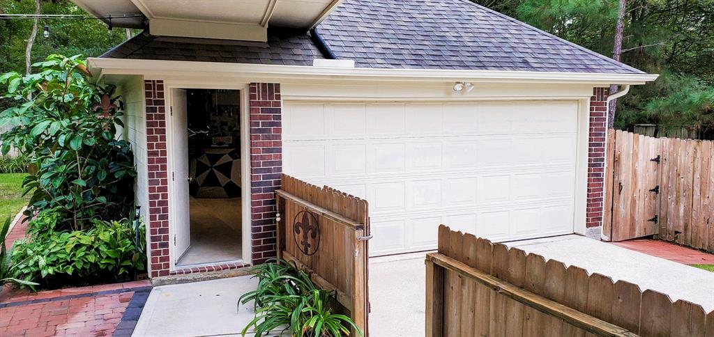 Active   127 S Bluff Creek  Circle The Woodlands, TX 77382 31