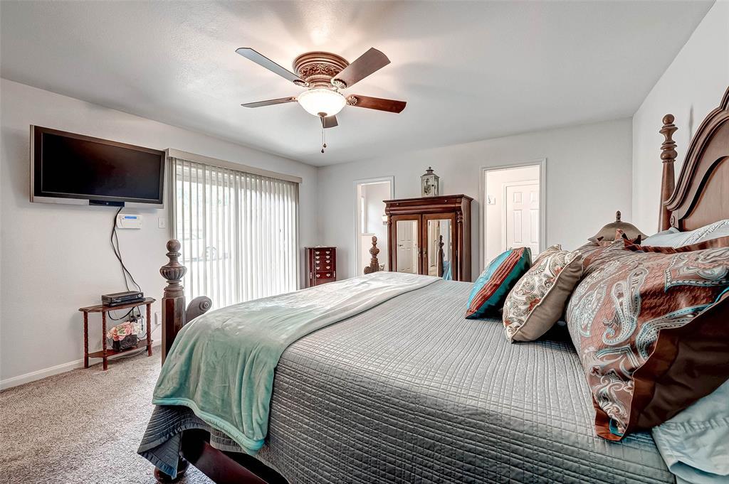 Pending | 8510 Twin Hills  Drive Houston, TX 77071 29