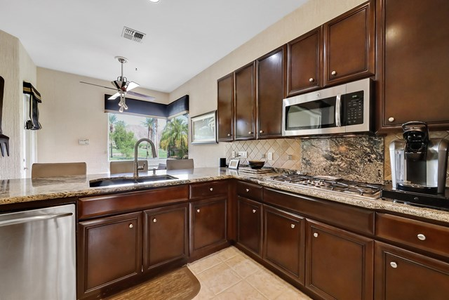 Closed | 78840 Via Carmel La Quinta, CA 92253 12