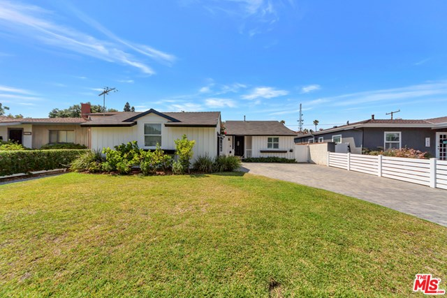 Closed | 1027 Felbar  Avenue Torrance, CA 90503 2