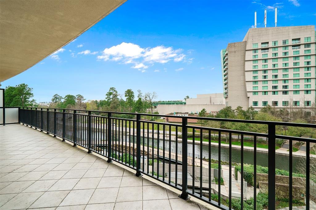 Active   3 Waterway  Court #4C The Woodlands, TX 77380 20