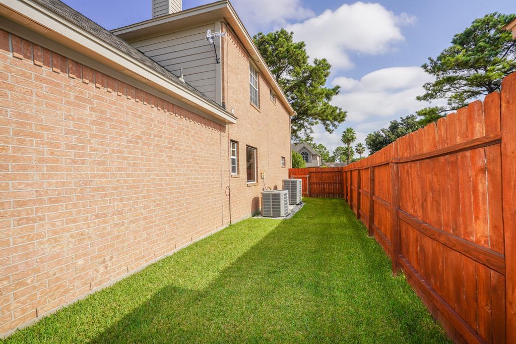 Pending | 15006 Redbud Leaf  Lane Cypress, TX 77433 41