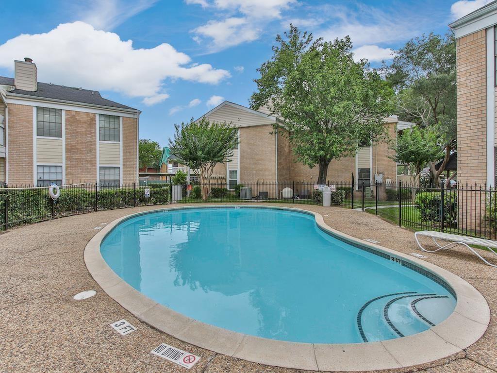 Active   2750 Holly Hall  Street #713 Houston, TX 77054 0