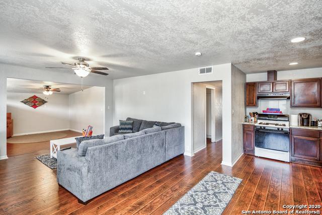 Active | 2024 LA MANDA BLVD San Antonio, TX 78201 5