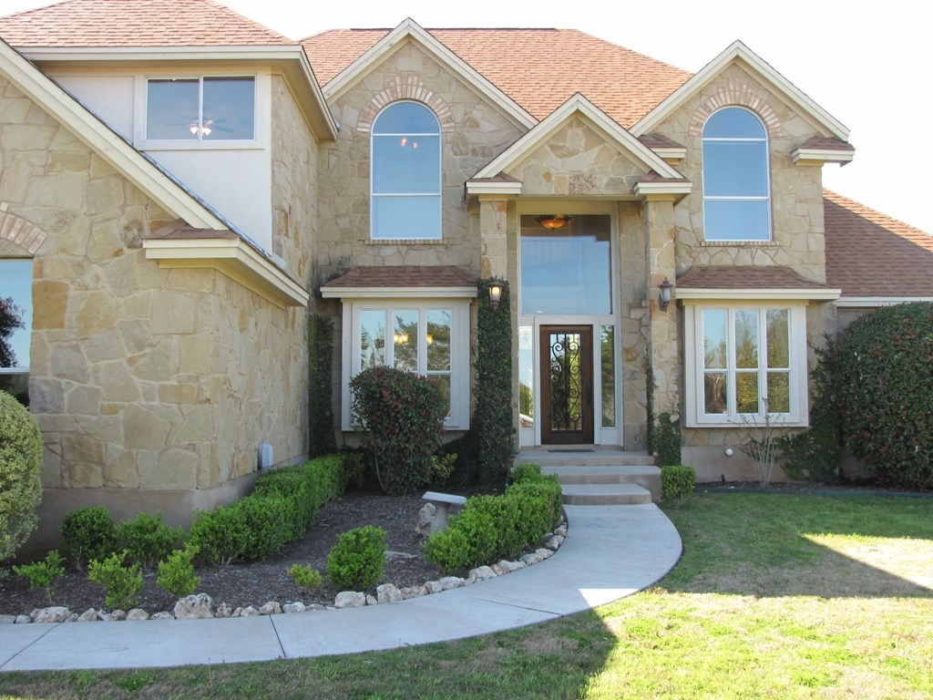 Leased | 4700 Vista Estates CT Spicewood, TX 78669 2