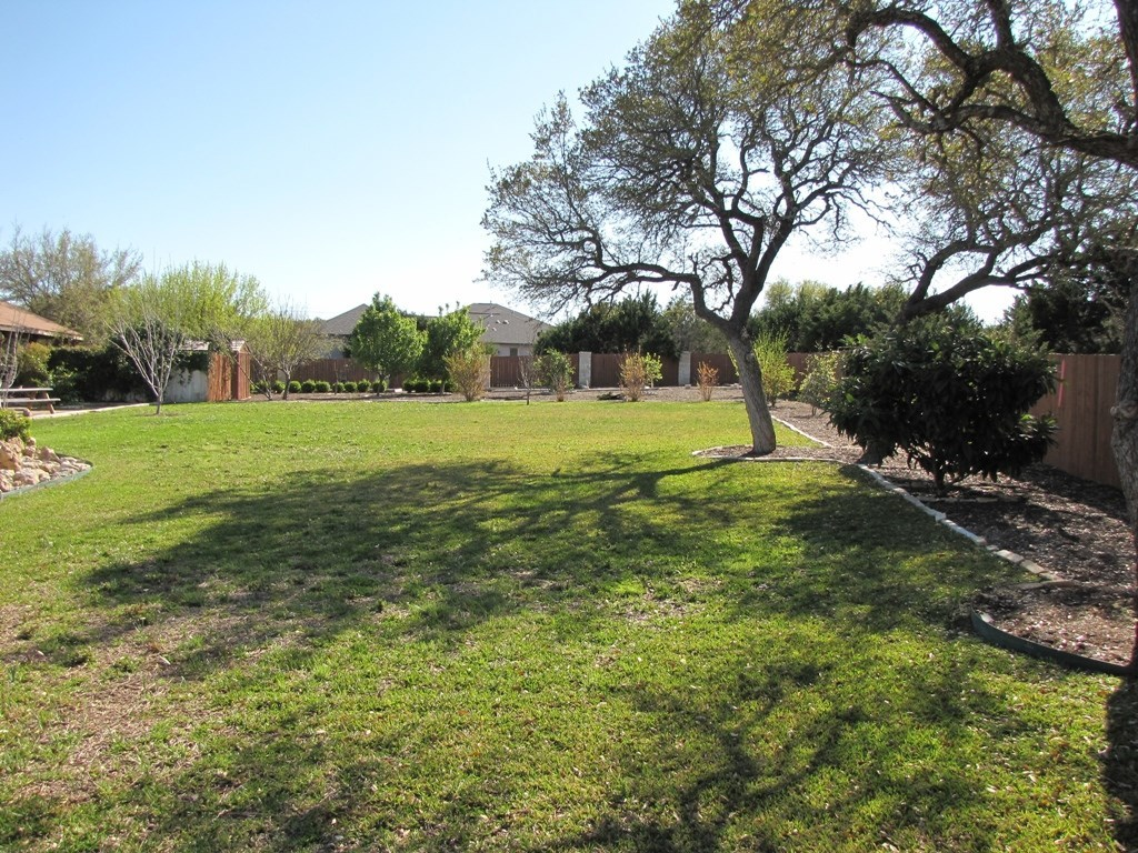 Leased | 4700 Vista Estates CT Spicewood, TX 78669 31