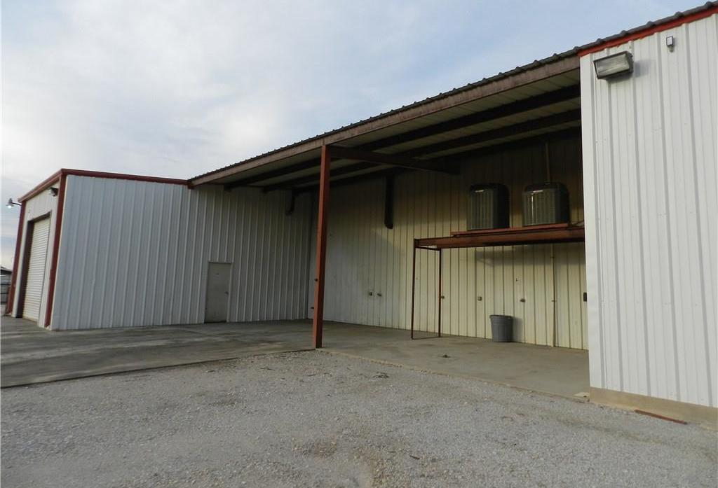 Property for Rent | 707 S Wickham Street Alvord, TX 76225 18