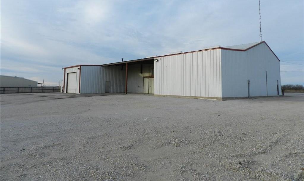Property for Rent | 707 S Wickham Street Alvord, TX 76225 19