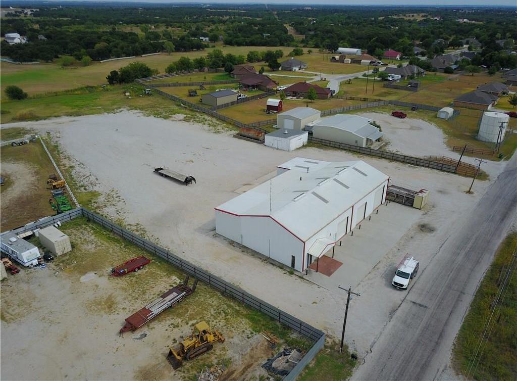 Property for Rent | 707 S Wickham Street Alvord, TX 76225 3