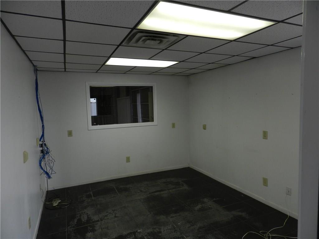 Property for Rent | 707 S Wickham Street Alvord, TX 76225 30