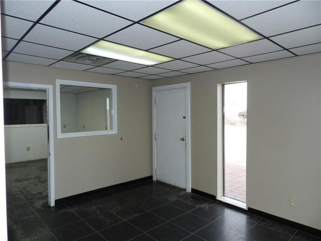 Property for Rent | 707 S Wickham Street Alvord, TX 76225 32