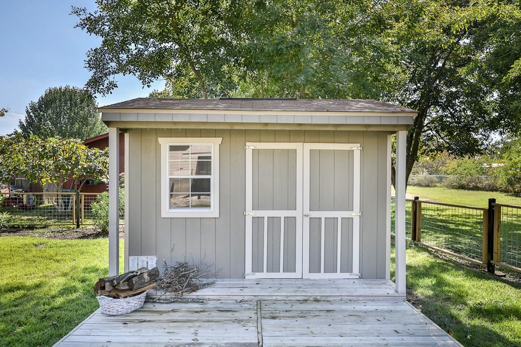 Closed | 202 E 18th Street Georgetown, TX 78626 35